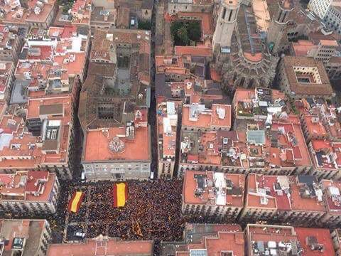 Pza St Jaume desde helicóptero