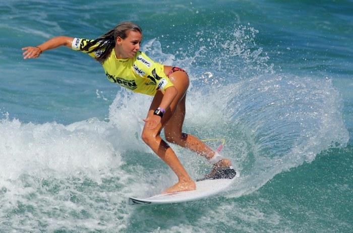 Surfer 6878120403_e6ca195e6c_b